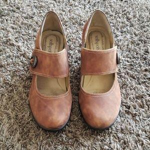 Softspots heels size 8.5